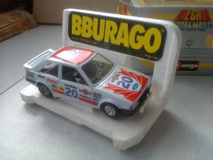 0120 BBURAGO 1/24 Ford Escort XR3 (Made in Italy)