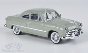 184055 First Response 1/43 FORD Custom 2-Door Coupe 1949 Light green